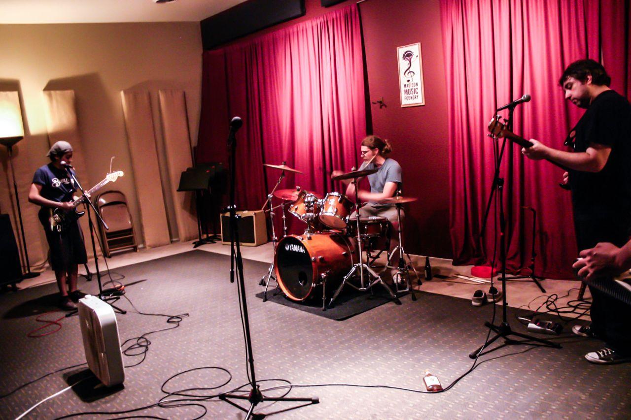 Resultado de imagen de band rehearsal studio